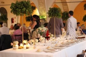 Estilo de boda clásico / decoración de escenarios para bodas